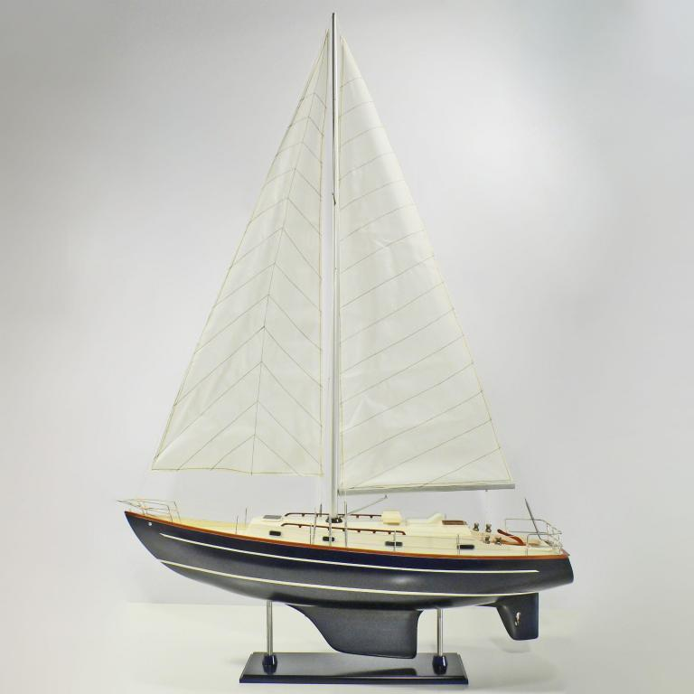 Handcrafted sailing ship model of the Contessa