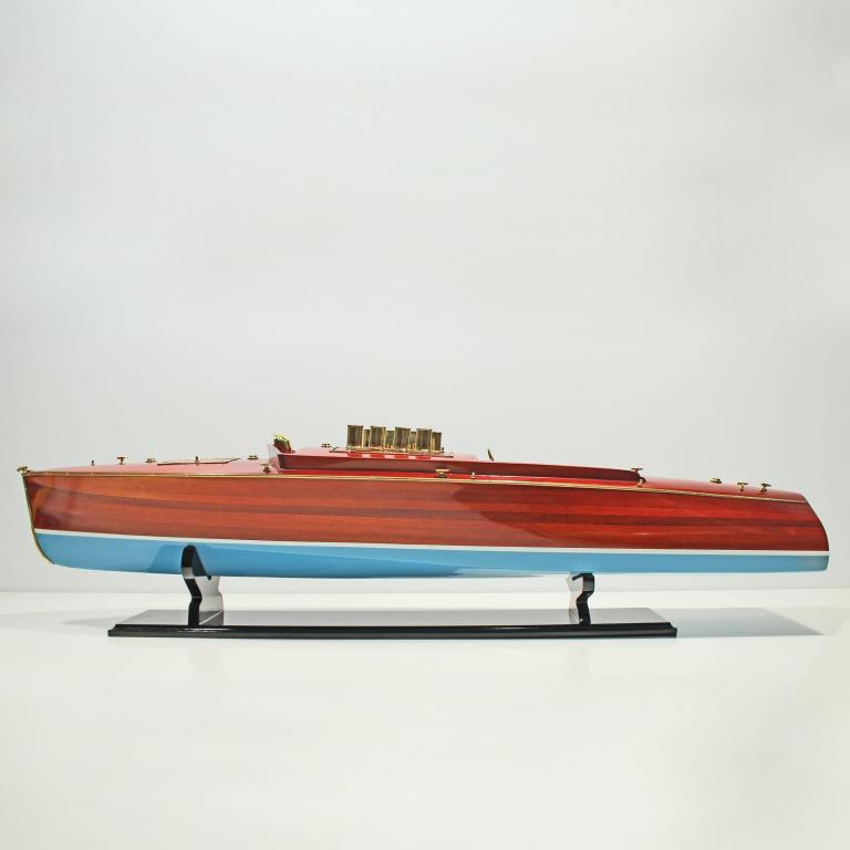 Handmade speed boat model of the Dixie 2