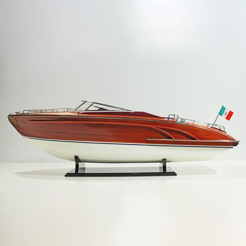 Handmade speed boat model of the Riva Rivarama Replica (RC Ready)