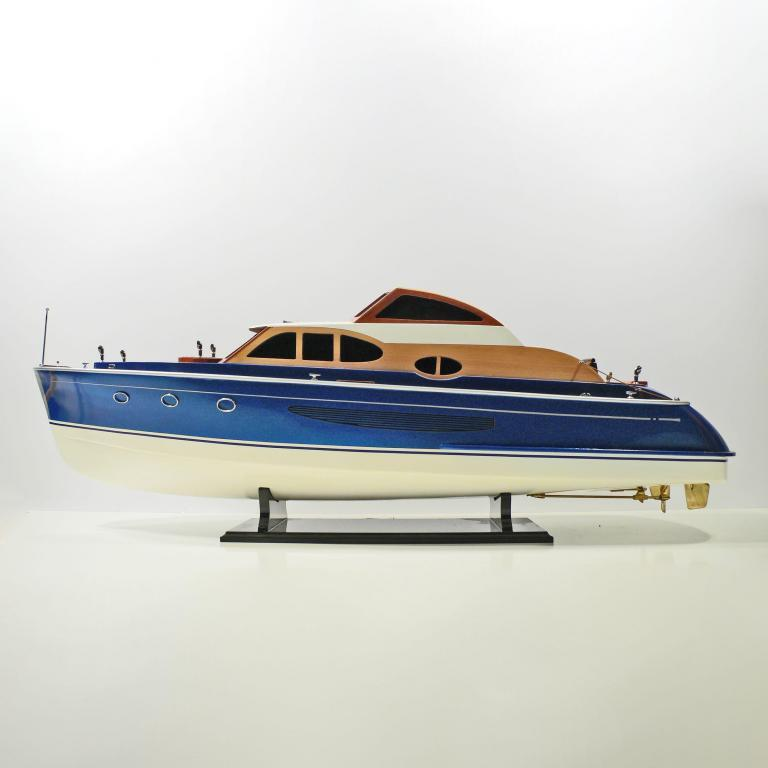 Handmade speed boat model of the J.V