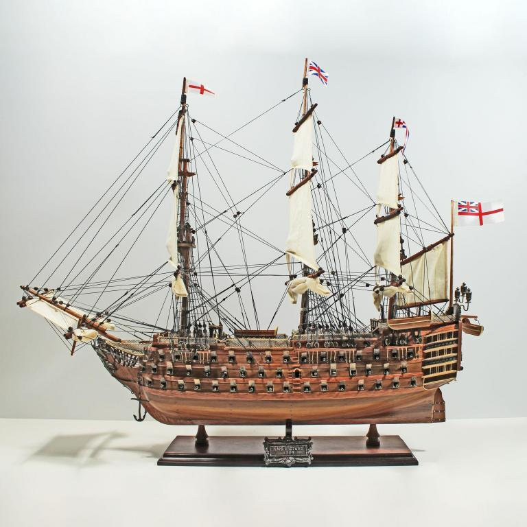Handmade historical sailing ship model of the HMS Victory (60cm)