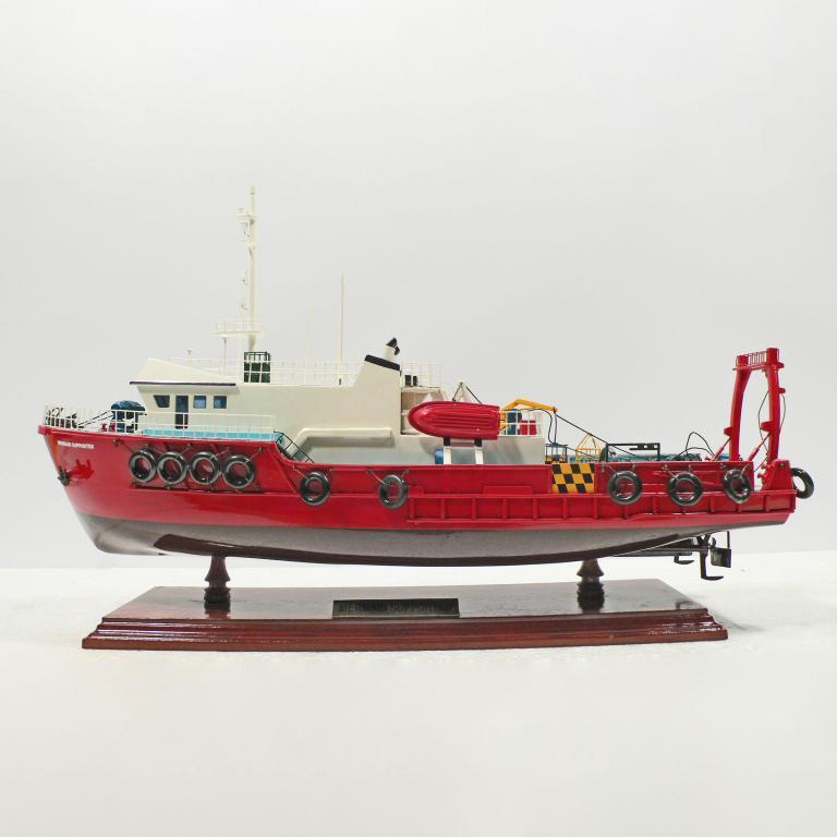 Handcrafted ship model from wood of the Mermaid Supporter