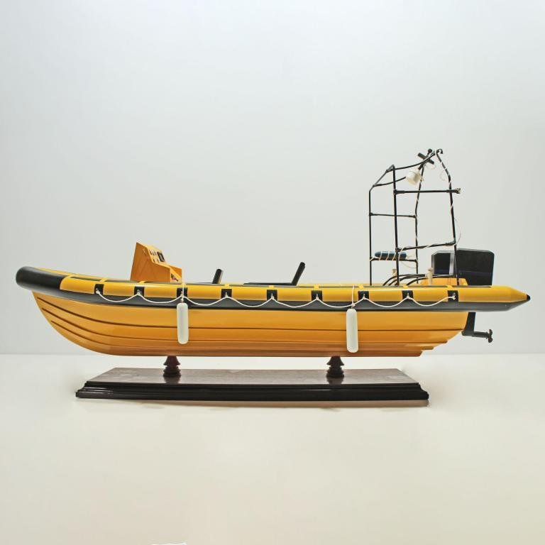 Handcrafted ship model from wood of the Rescue