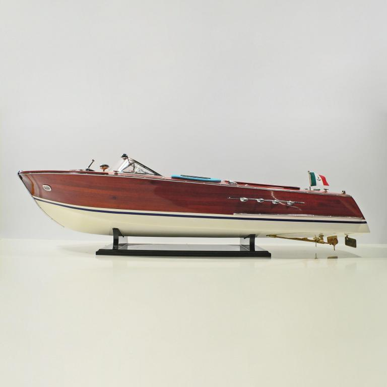 Handmade speed boat model of the Super Riva
