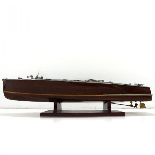Handmade speed boat model of the Riva Aquariva